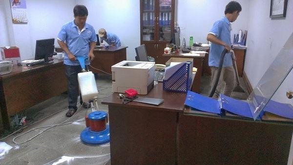 Công ty vệ sinh văn phòng uy tín - vesinhnhao24h.vn