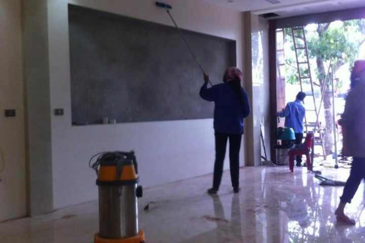 Quy trình vệ sinh trần nhà