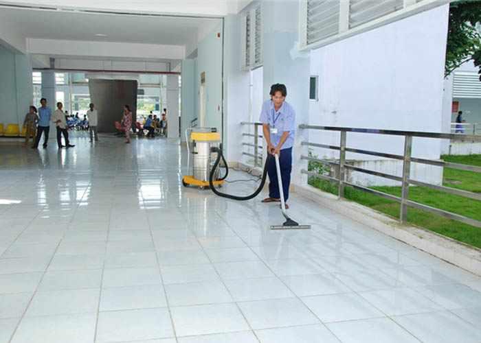 Vệ sinh trường học cực sạch