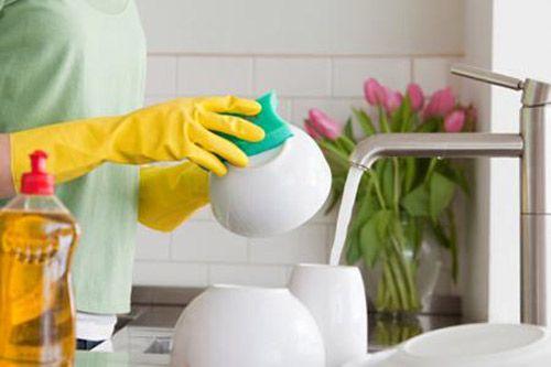 Mẹo vệ sinh và phục hồi chén đĩa cũ