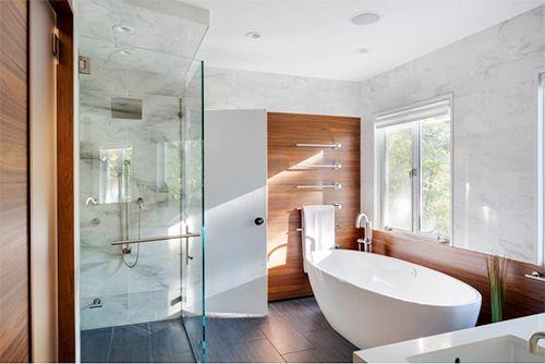 Mẹo vệ sinh trần nhà tắm