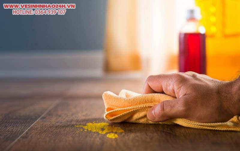 Mẹo khử sơn nước bám trong nhà sau xây dựng